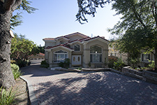 11720 Winding Way, Los Altos 94024