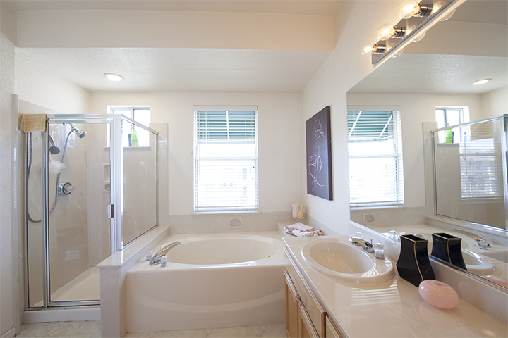 Master Bath (B) - 401 Baltic Cir 429