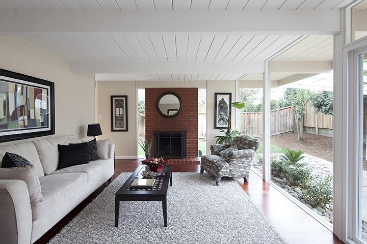 Living Room (E) - 3985 Bibbits Dr