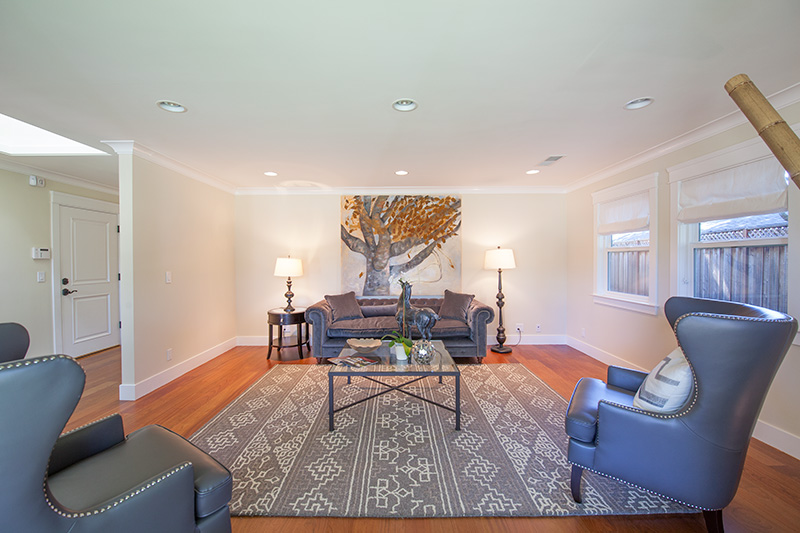 Living Room (C) - 561 Hilbar Ln