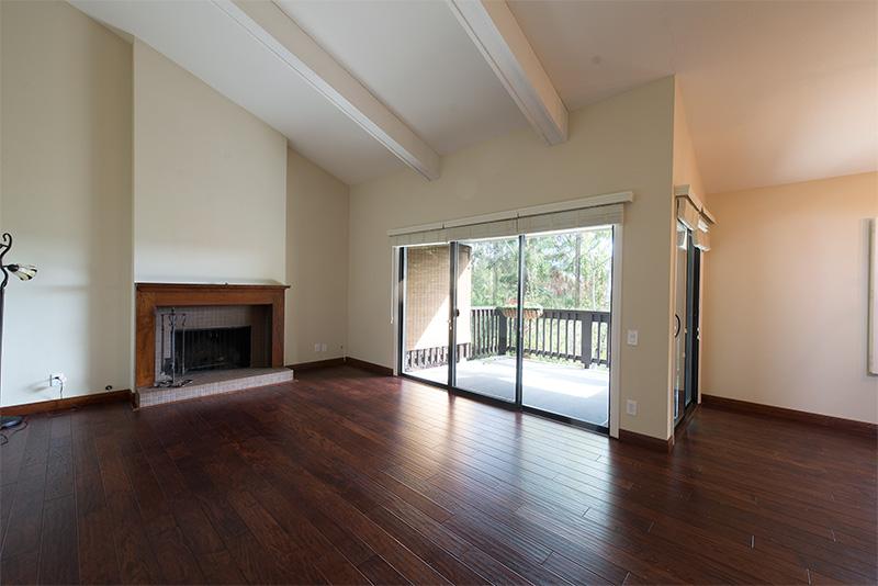 Living Room (A) - 3327 La Mesa Dr 12