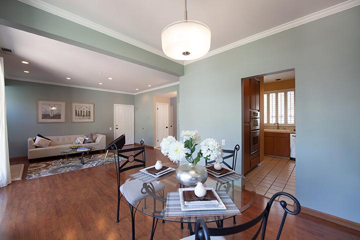 Dining Area (A) - 405 Mendocino Way
