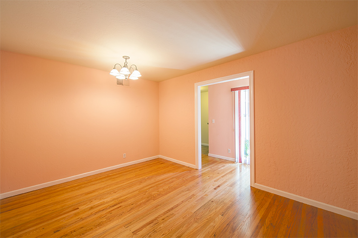 Bonus Room (A) - 934 S Wolfe Ave