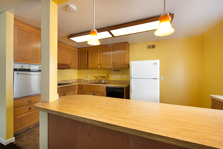 Kitchen (A) - 934 S Wolfe Ave
