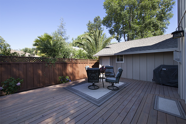 Deck (A) - 239 Sequoia Ave