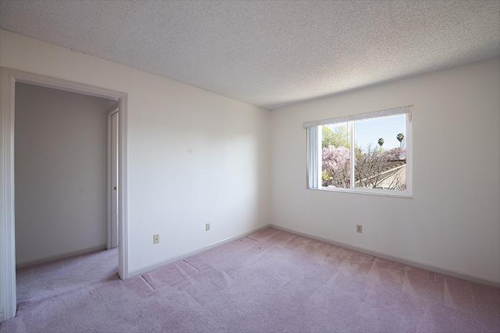 Extra Room (A)