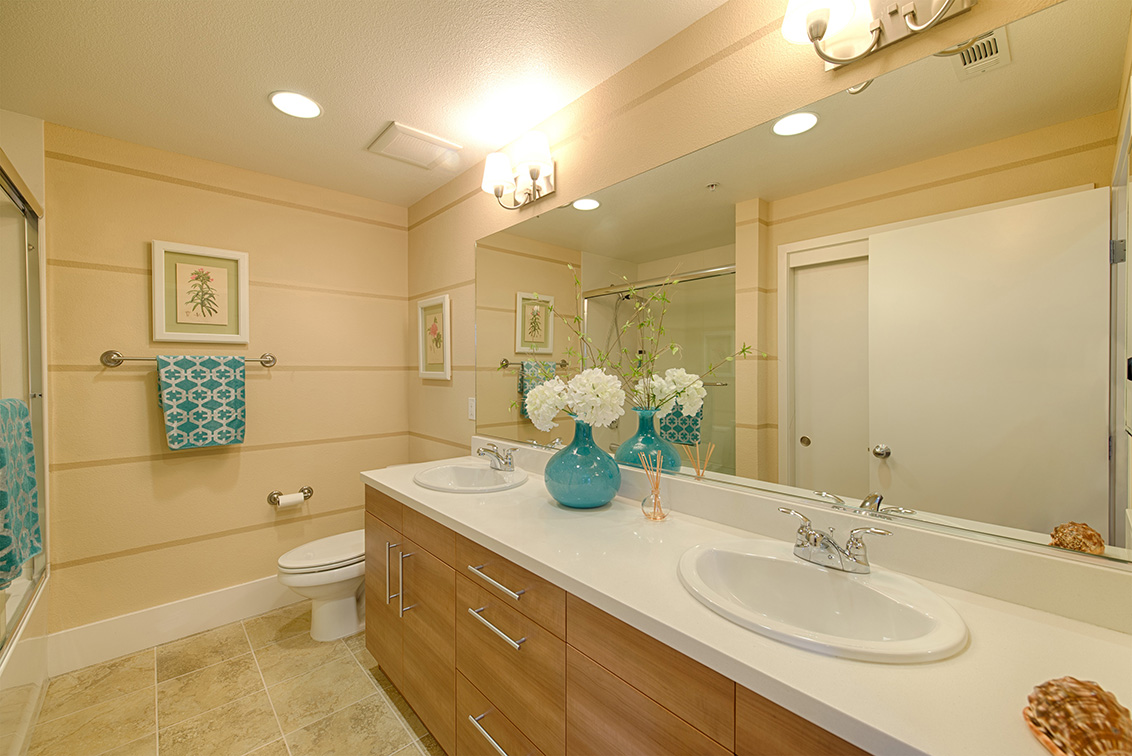 Bathroom 2 (A) - 860 Altaire Walk
