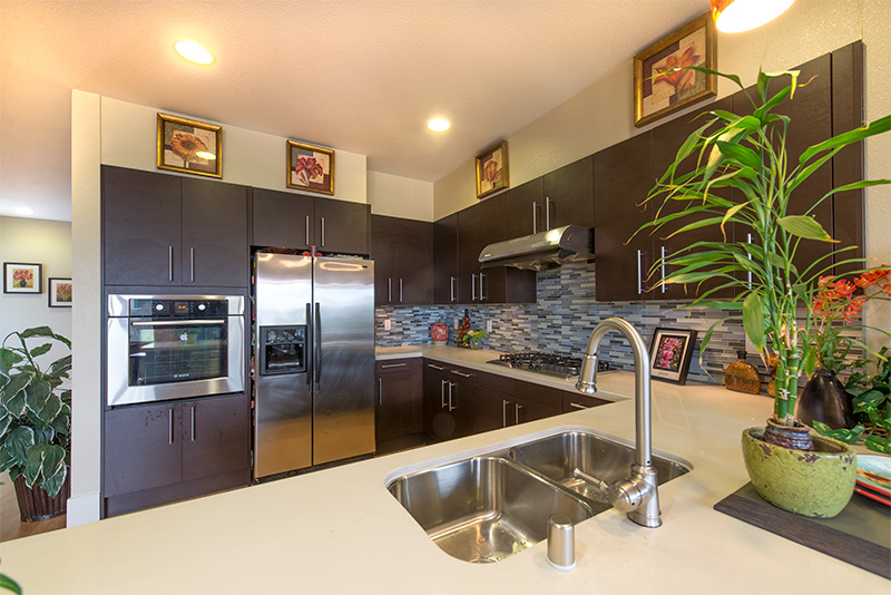 885 Altaire Walk - Kitchen