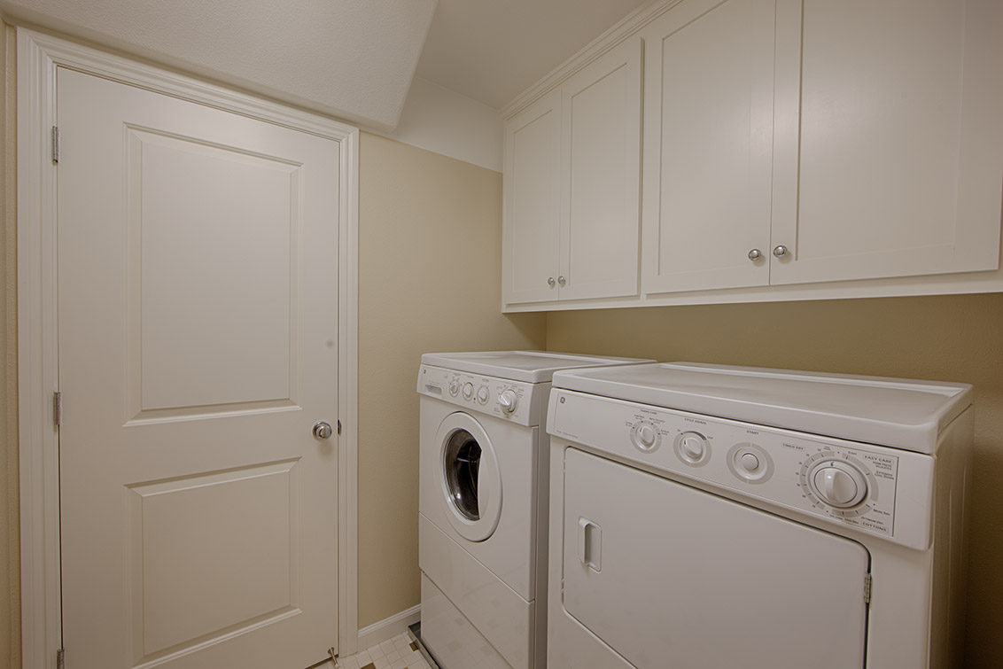 Laundry Room (A) - 40207 Antigua Rose Ter