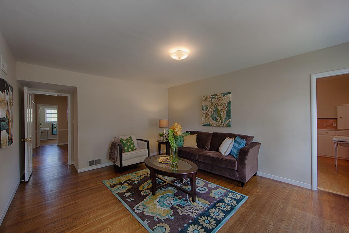 Family Room (B) - 1496 Dana Ave