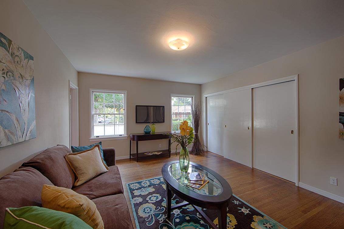 Family Room (D) - 1496 Dana Ave