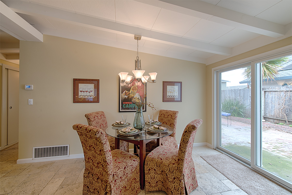 Dining Area (A) - 3493 Golden State Dr
