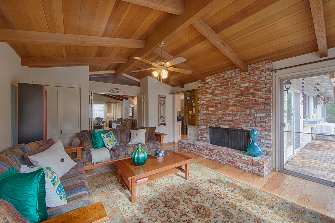 Family Room (C) - 20802 Hillmoor Dr