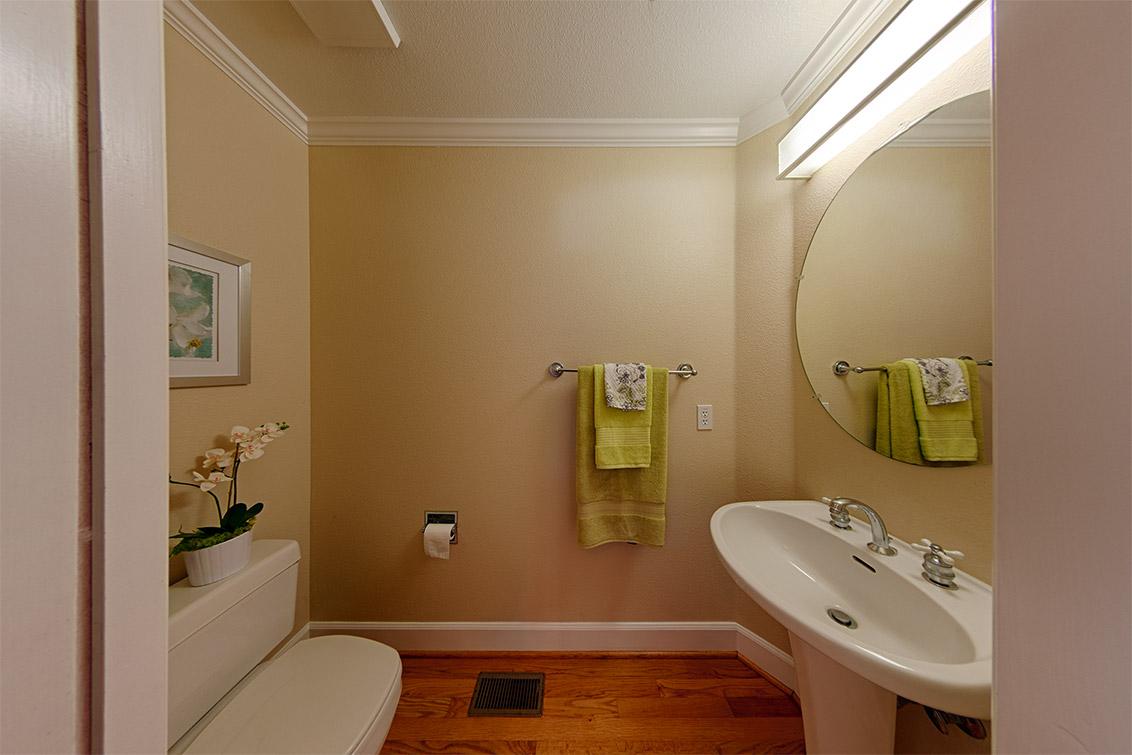 Half Bath (C)