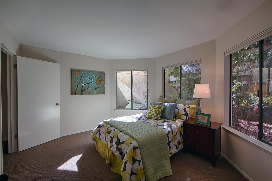 Bedroom 2 (B) - 620 Mariposa Ave 3