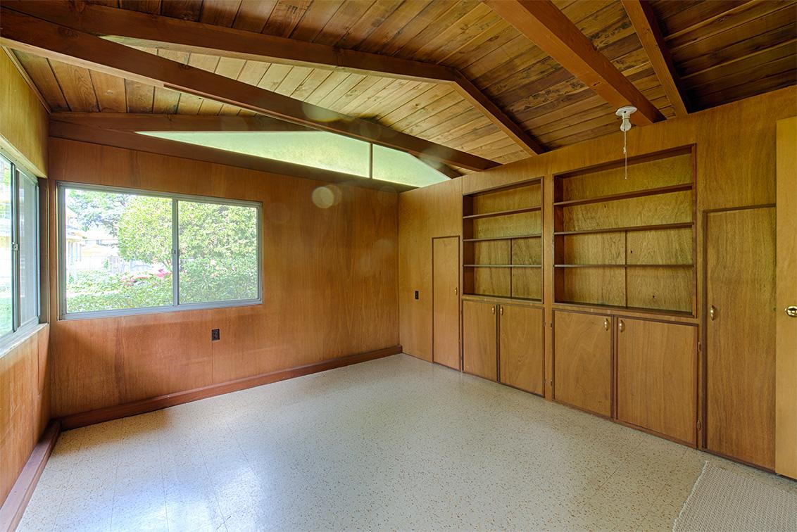 Living Room - 872 Marshall Dr