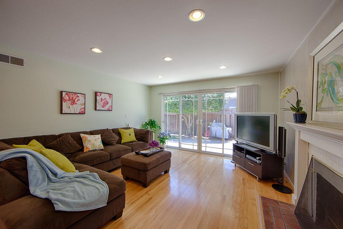 Living Room (A) - 1705 Morgan St