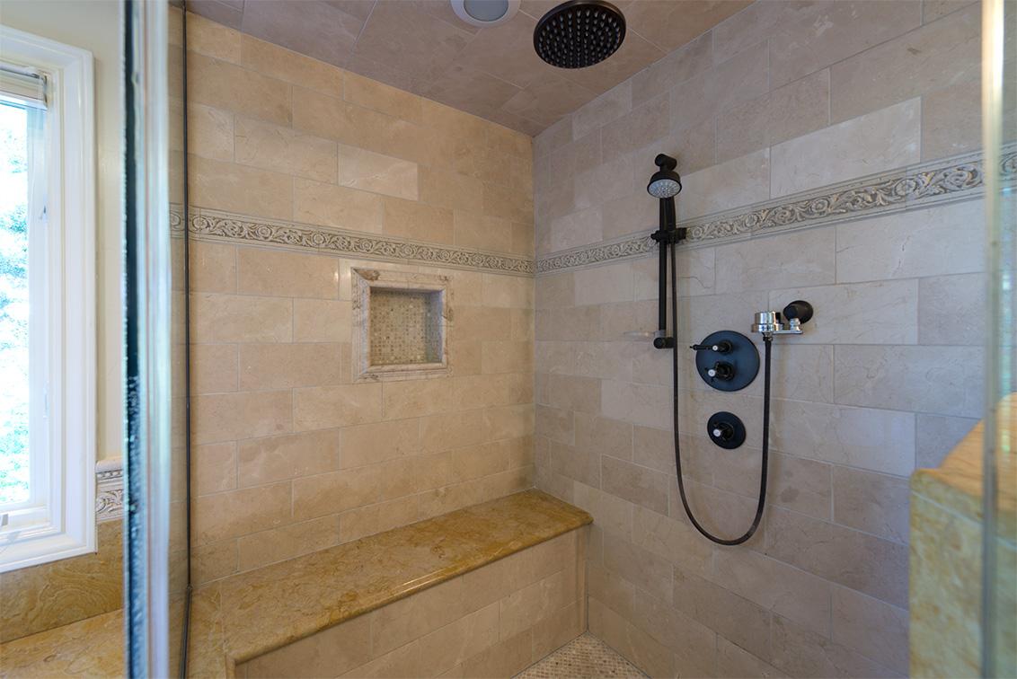 Master Bath (D) - 881 Parma Way