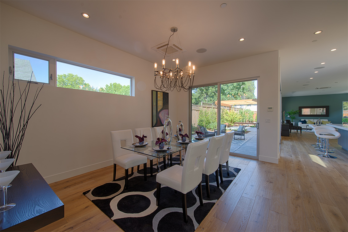 Dining Room (B) - 462 Pettis Ave