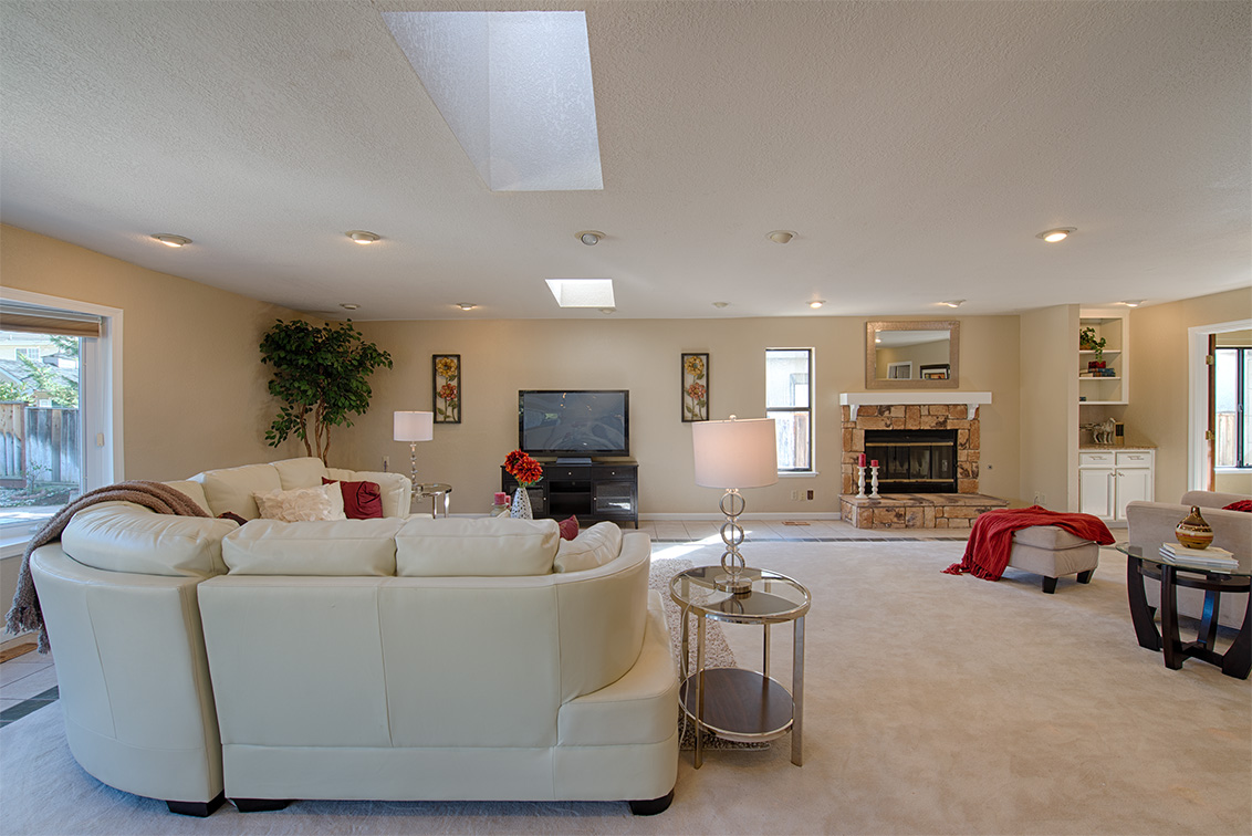 Family Room picture - 22149 Rae Ln, Cupertino 95014