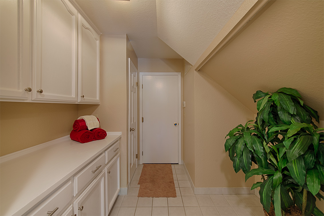 Laundry Room (A) - 22149 Rae Ln