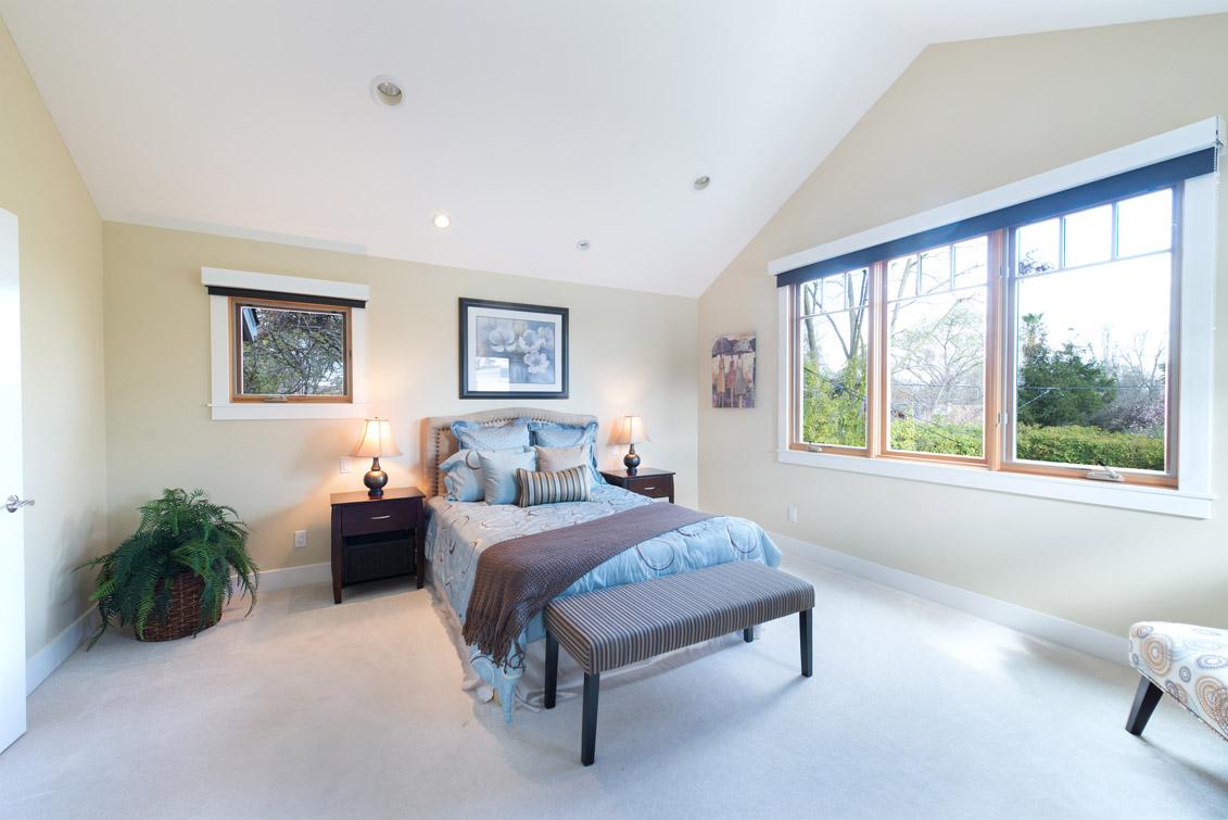 Living Room - 3253 Ramona St