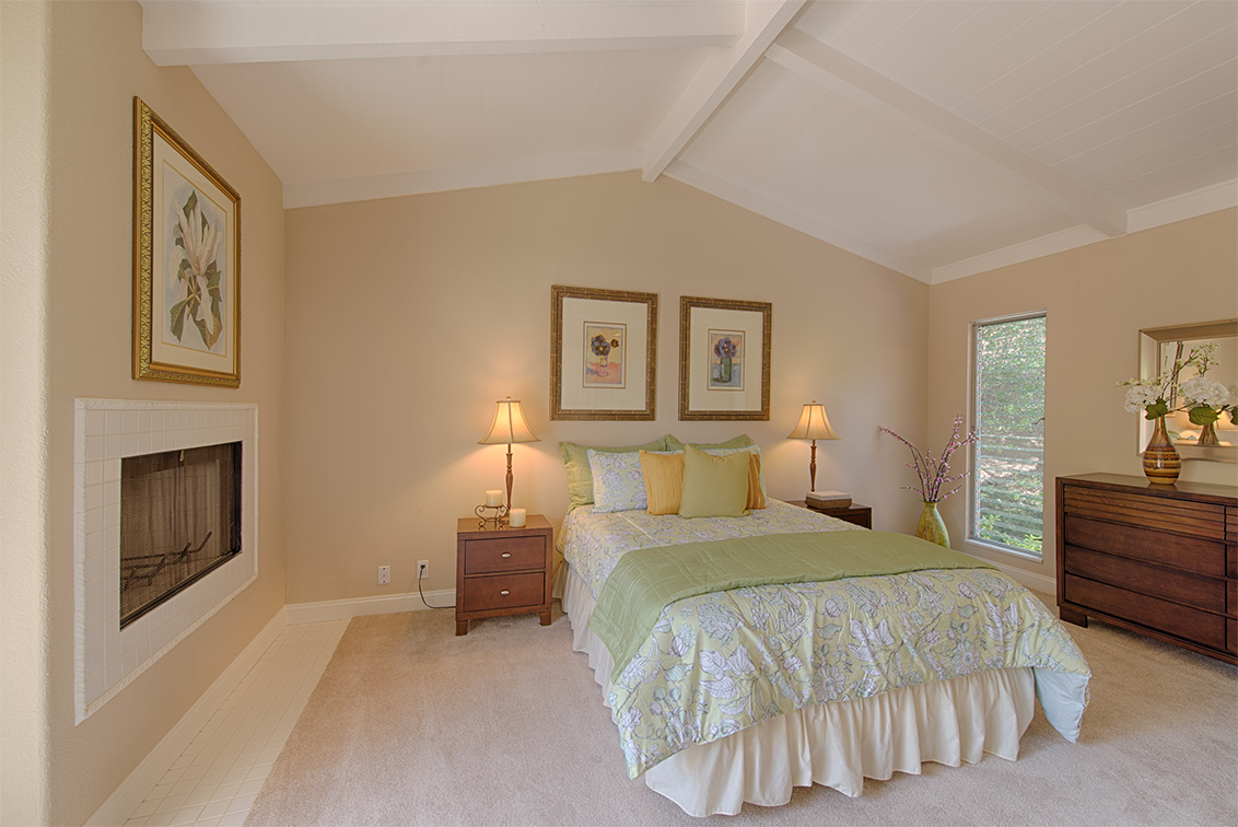 Master Bedroom picture - 10385 Rivercrest Ct, Cupertino 95014