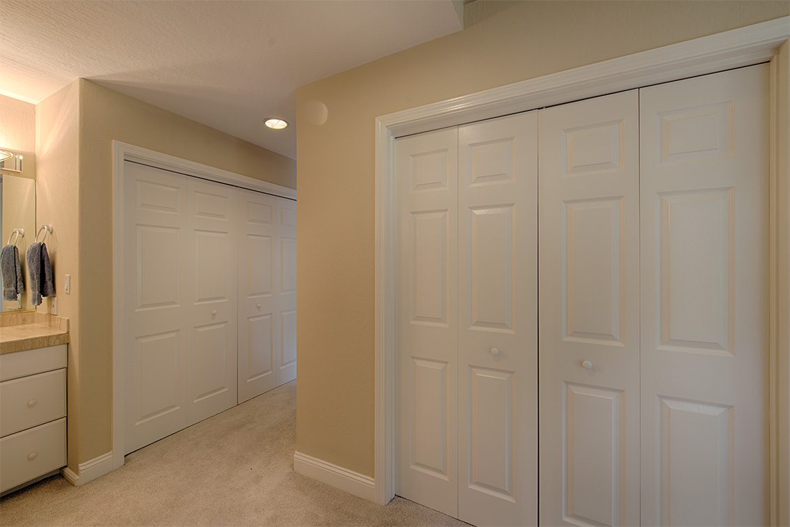 Master Closets picture - 10385 Rivercrest Ct, Cupertino 95014