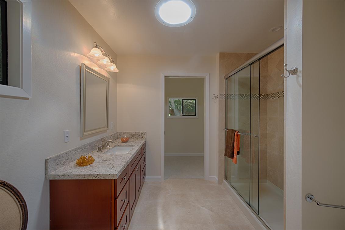 Master Bath (A) - 4237 Suzanne Dr