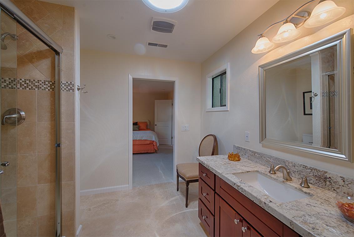 Master Bath (B) - 4237 Suzanne Dr