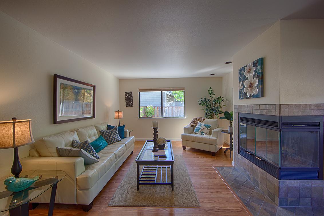 Living Room - 181 Ada Ave 36