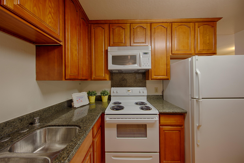 360 Auburn Way 3, San Jose 95129 - Kitchen (B)