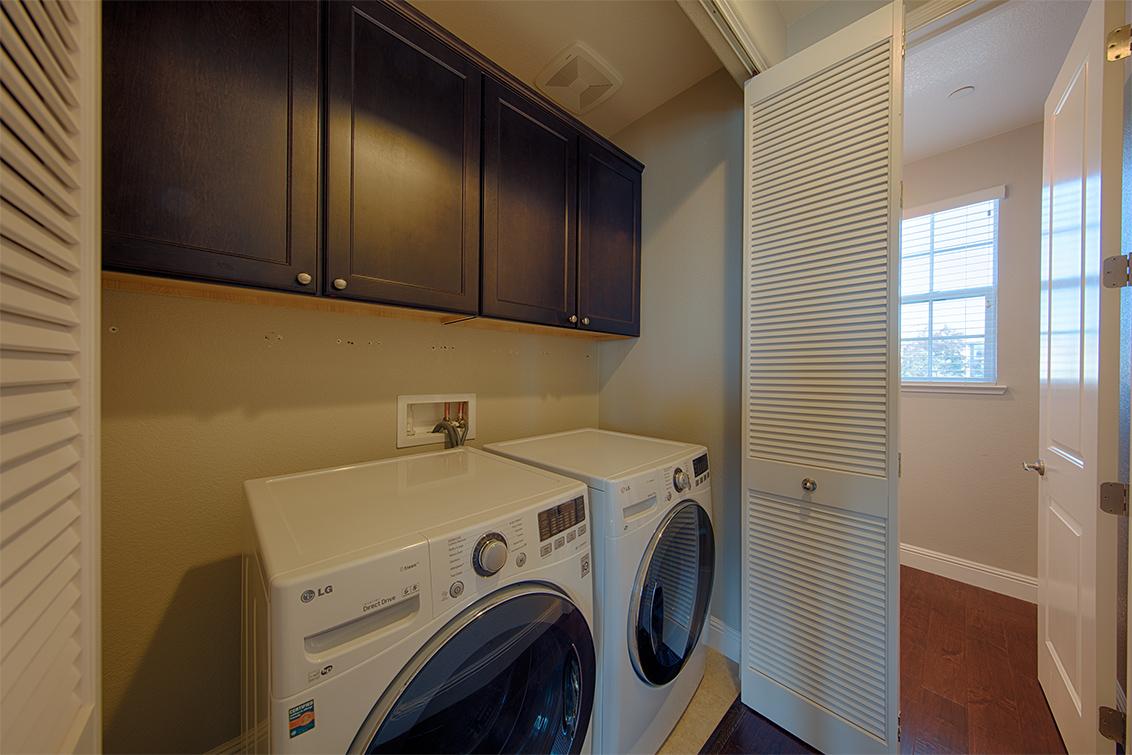 Laundry (A) - 650 Bair Island Rd 1305
