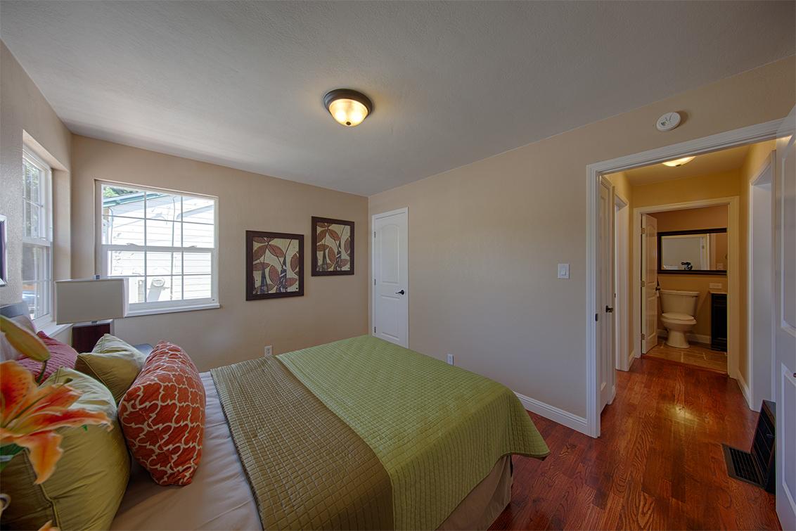 Bedroom 1 (D) - 362 Bartlett Ave