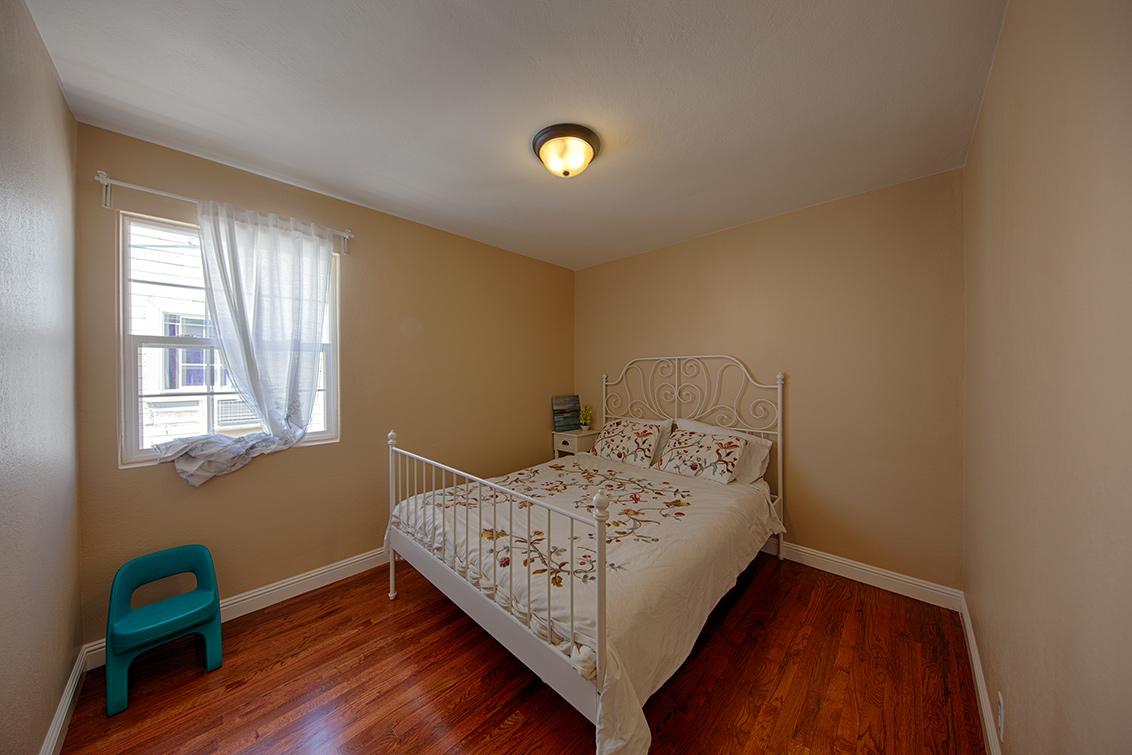 Bedroom 2 (A) - 362 Bartlett Ave