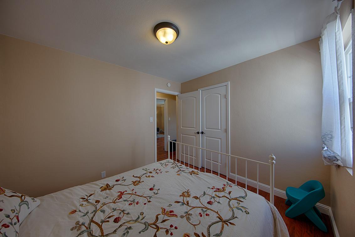 Bedroom 2 (C) - 362 Bartlett Ave