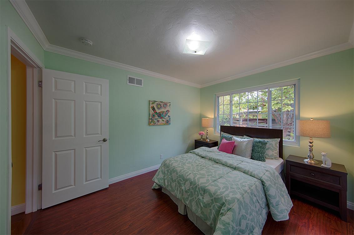 Bedroom 3 (B) - 1155 Carver Pl