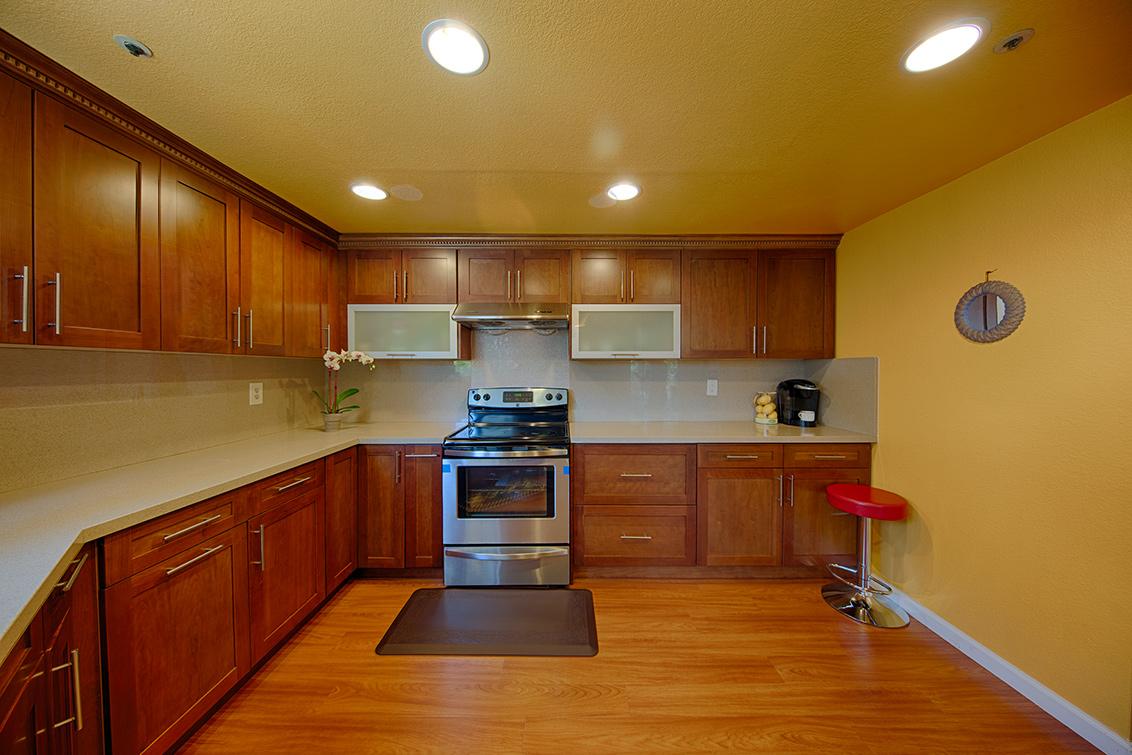 Kitchen (B) - 116 Cityhomes Ln