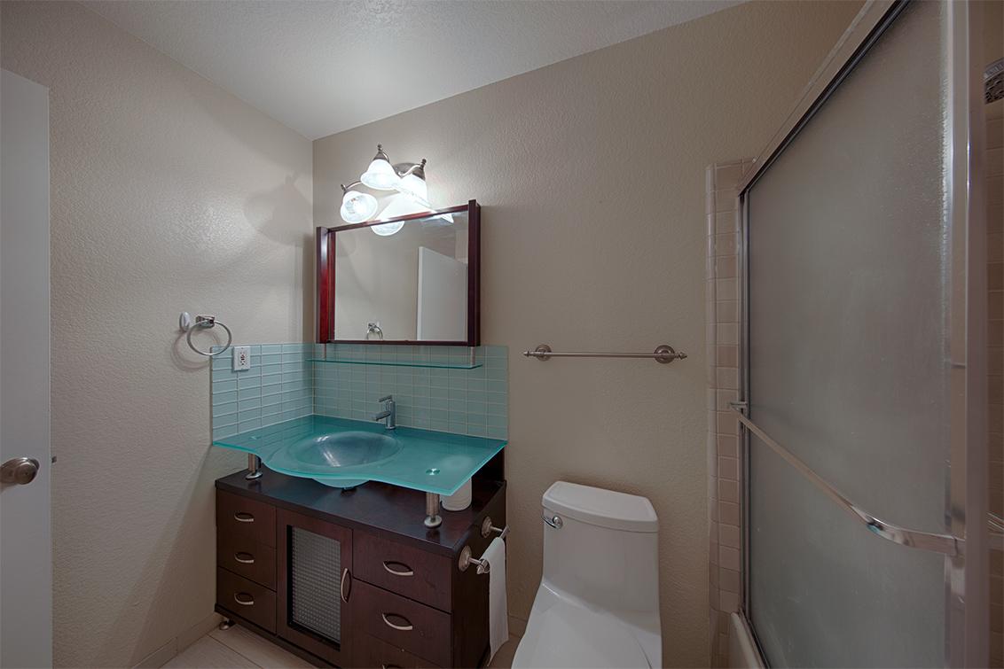 Bathroom 2 (B) - 425 Cork Harbour Cir H