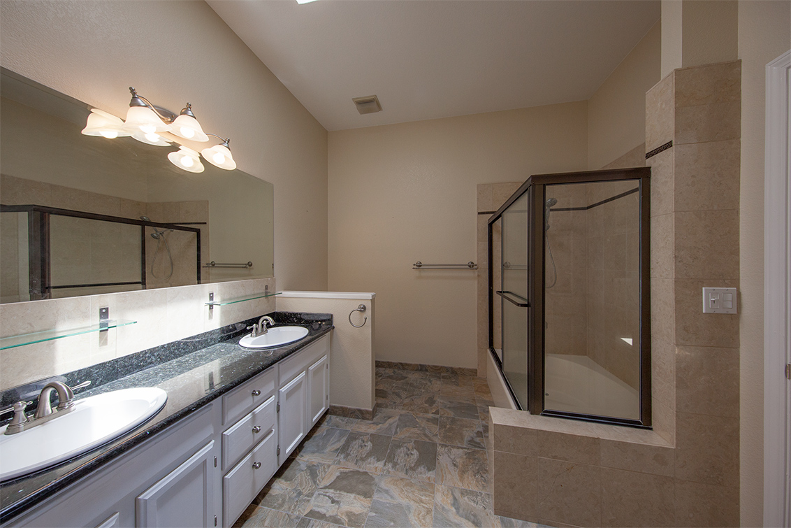 Master Bath (B) - 425 Cork Harbour Cir H