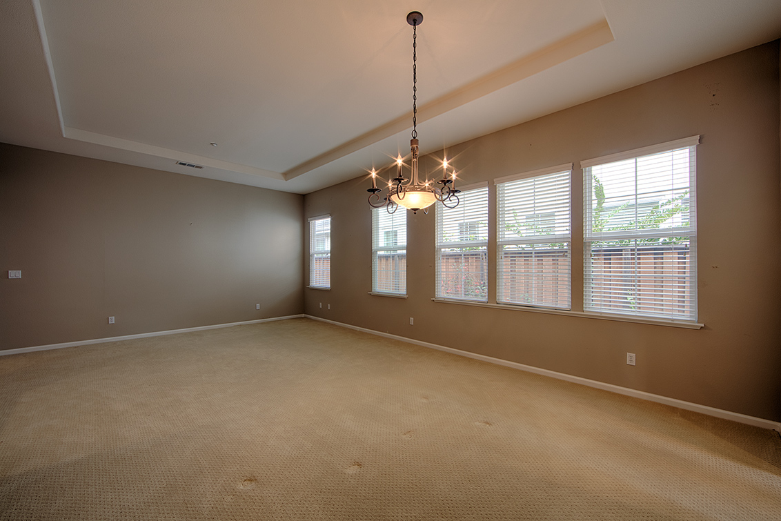 Dining Area (B) - 34948 Eastin Dr