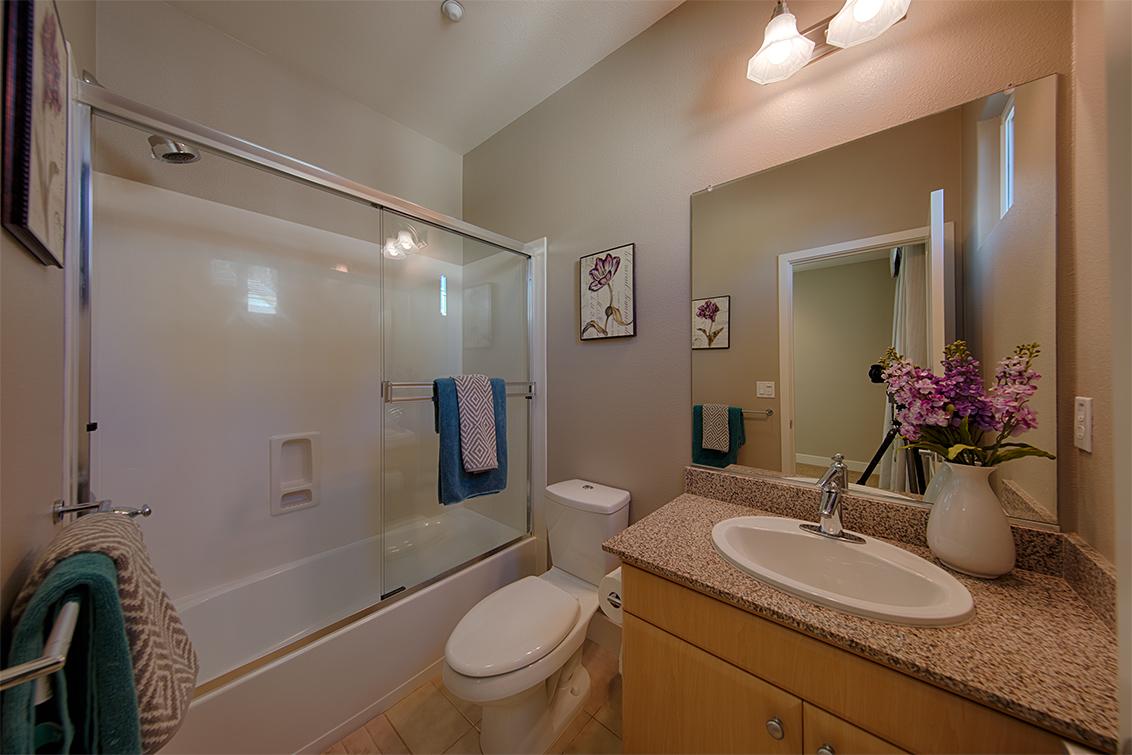 Bathroom 2 picture - 3702 Heron Way, Palo Alto 94303