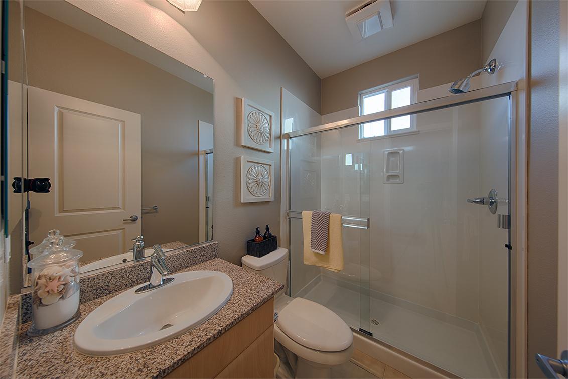 Bathroom 3 picture - 3702 Heron Way, Palo Alto 94303