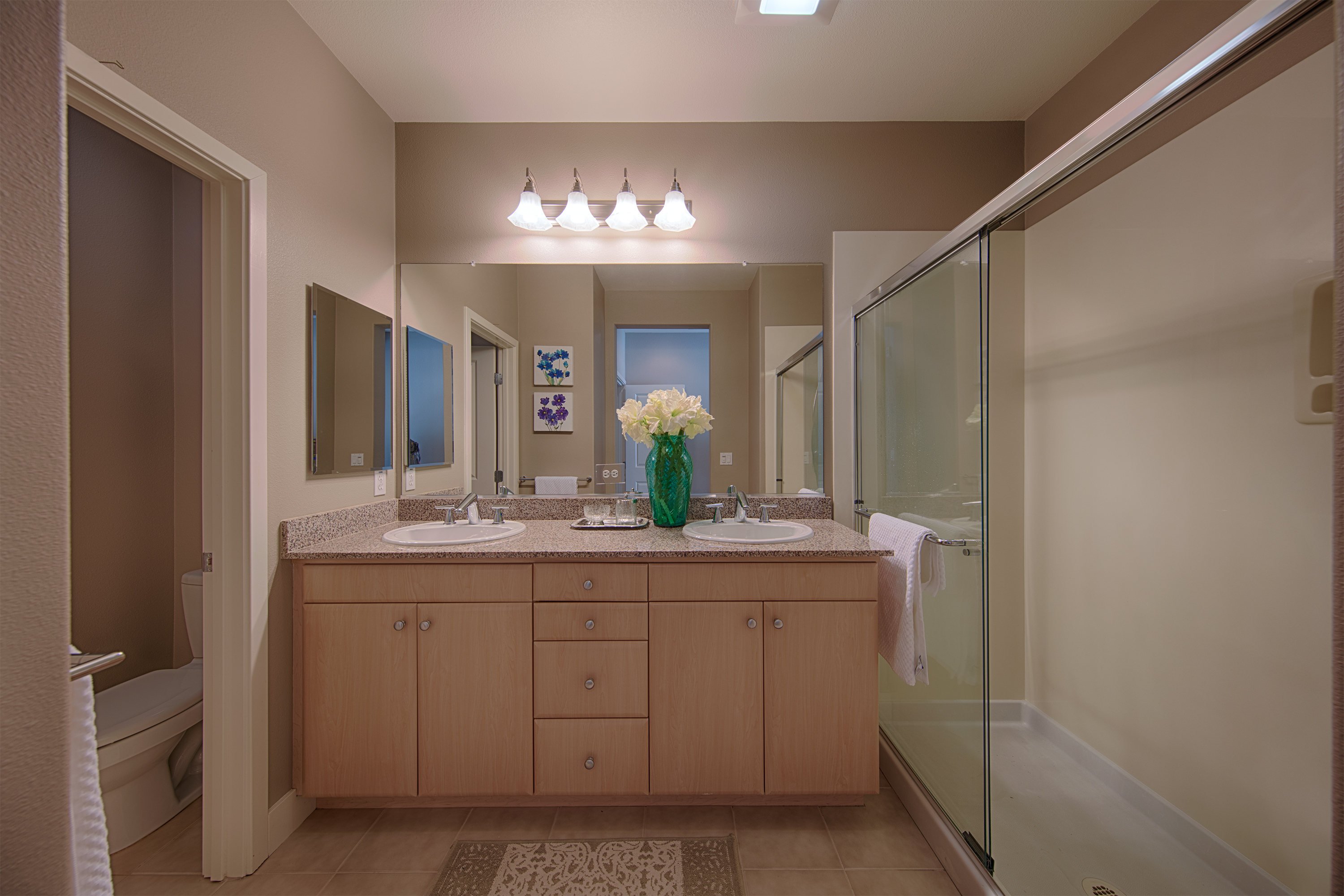 3702 Heron Way, Palo Alto 94303 - Master Bath (A)