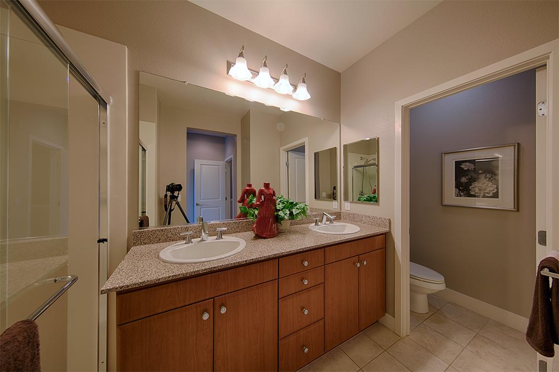 Master Bath picture - 3711 Heron Way, Palo Alto 94303