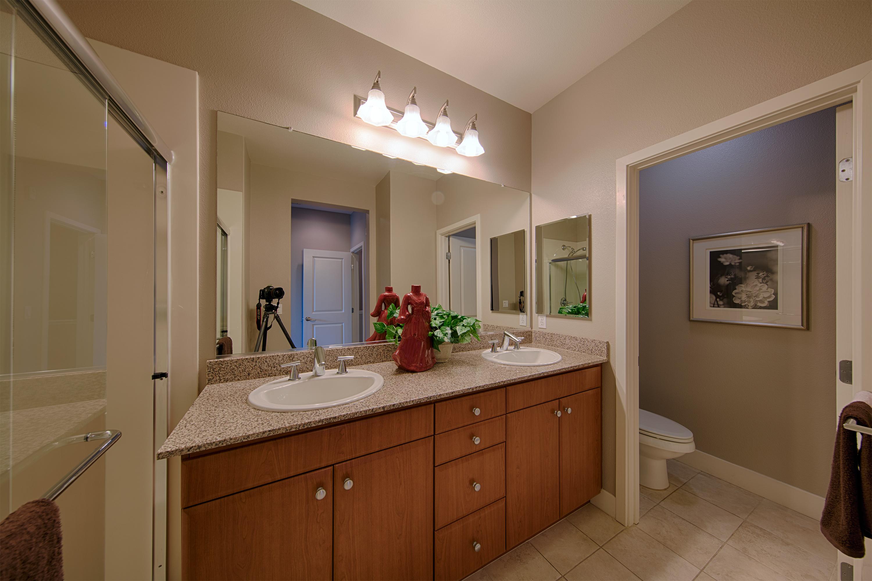 3711 Heron Way, Palo Alto 94303 - Master Bath (A)