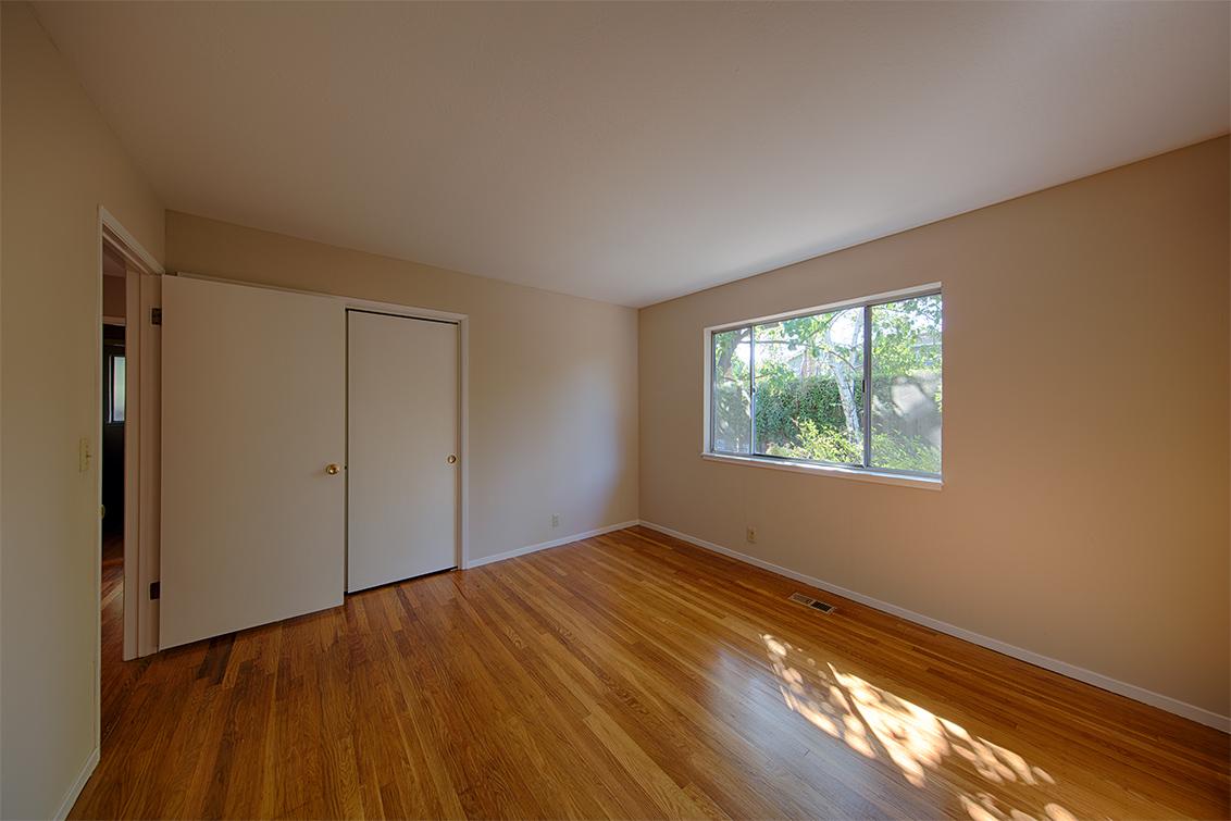 Bedroom 3 (B) - 1524 Kathy Ln