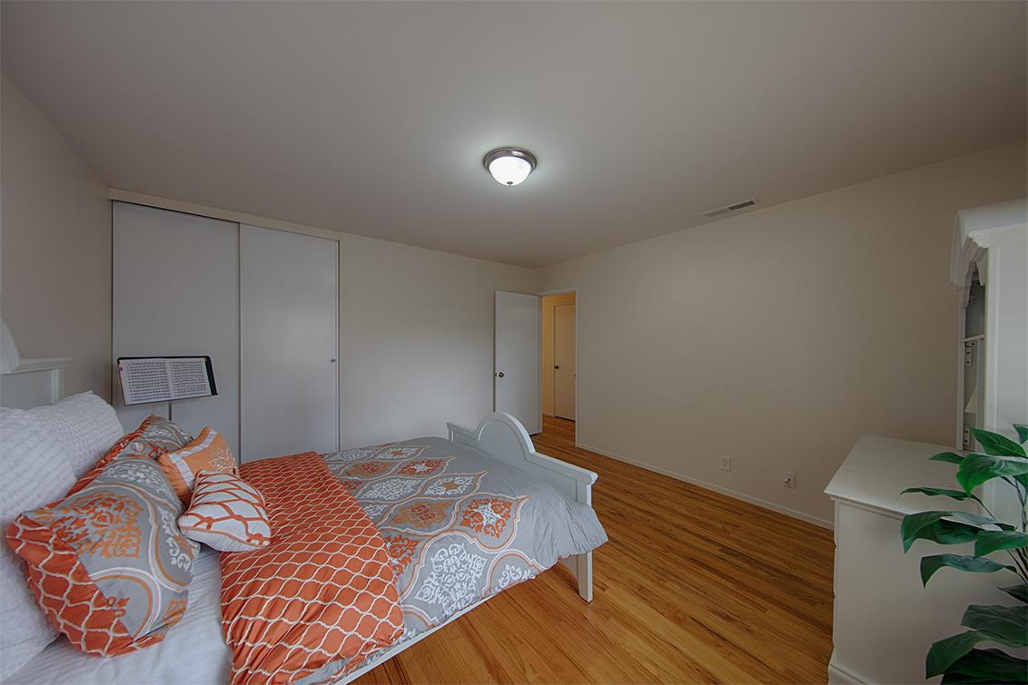 Bedroom 2 (C) - 1118 Lafayette Dr