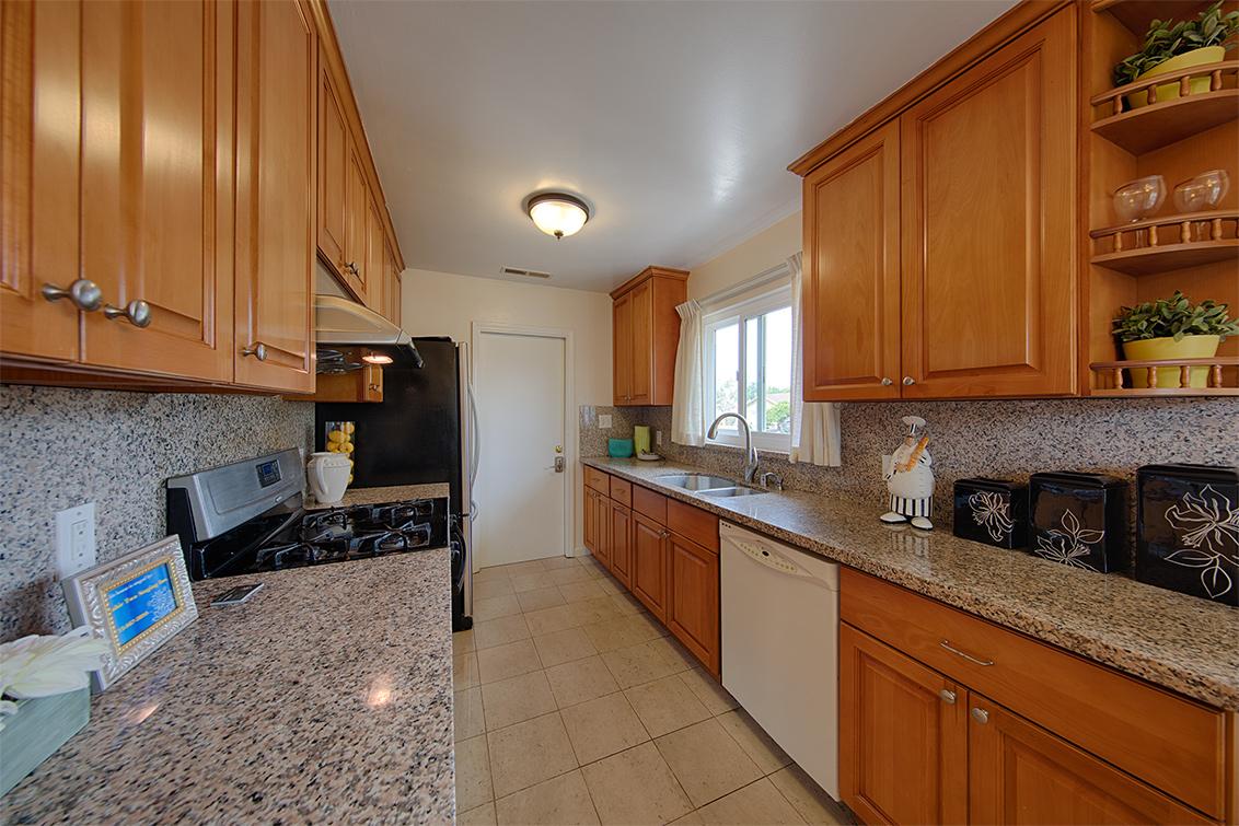 Kitchen (A) - 1118 Lafayette Dr