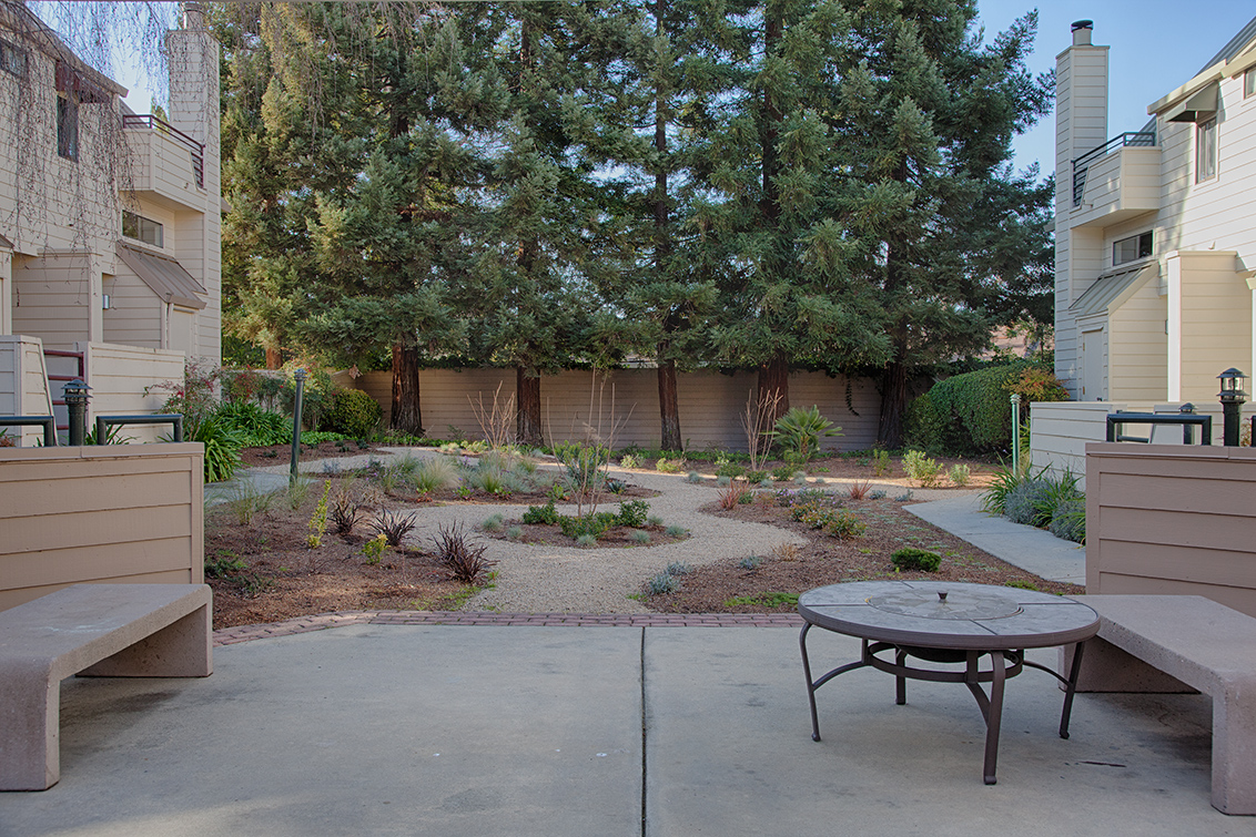 Common Area (A) - 749 Loma Verde Ave C